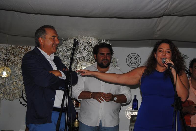 ACTO LÚDICO PUBLICITARIO EN FIESTAS COLOMBINAS DE EL MIRADOR DE EL ENSANCHE